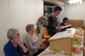 Anita würdigt die unermüdliche und kompetente Präsi-Arbeit von Margrit